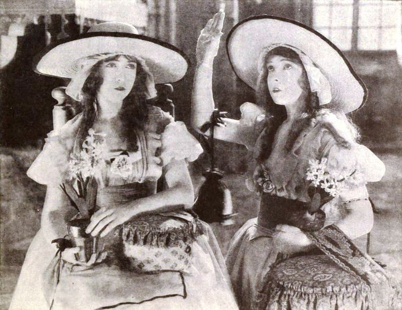 """""""Las dos huérfanas"""" (1921) fue una de las primeras películas de la historia donde se utilizó el montaje alterno."""