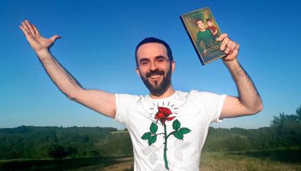 """Julián Quintanilla con su novela """"La vida entera"""""""
